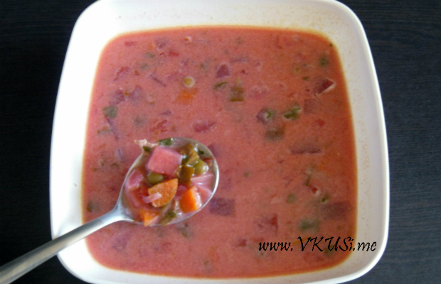 Розова зеленчукова ''Барби'' супа