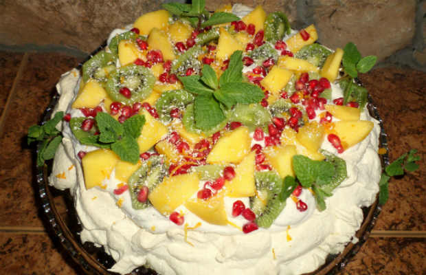 """Тропическа торта """"Павлова"""""""