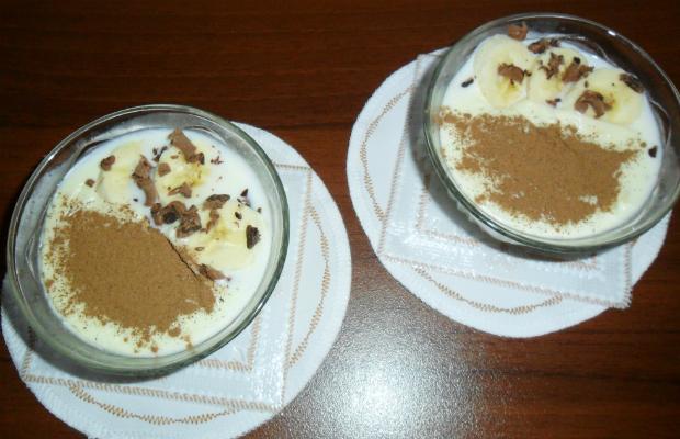 Десерт с фиде и канела