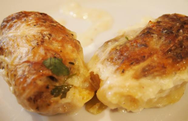 Печени сармички с млечен сос