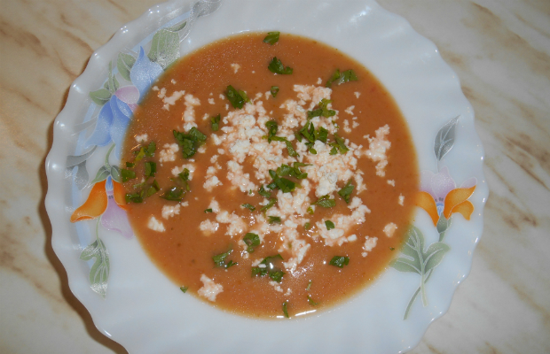 Крем супа от червено цвекло и броколи
