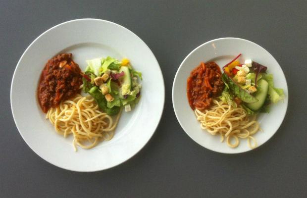 Учени: Яжте в малки чинии, за да сте слаби