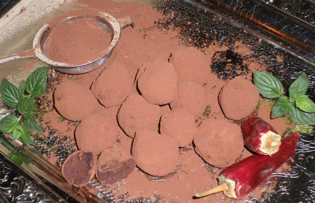 Шоколадови люти трюфели