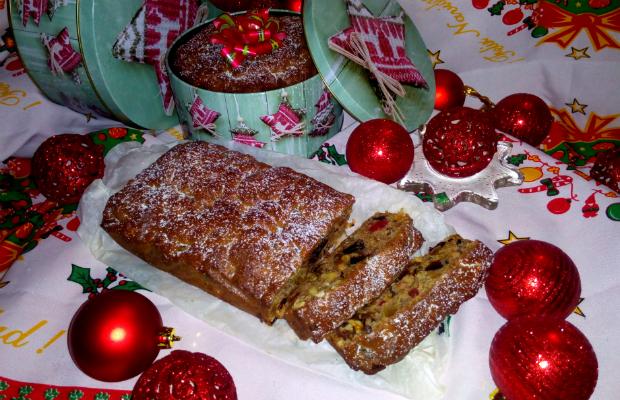 Коледен кекс от сушени плодове
