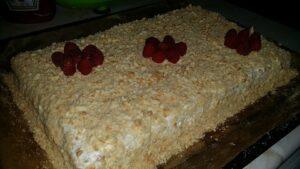 torta-medovik-s-biskviti-2