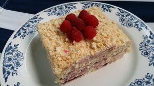 torta-medovik-s-biskviti-4