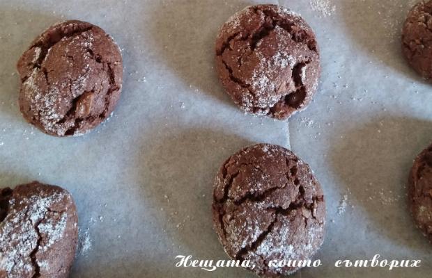 Медени сладки с парченца шоколад