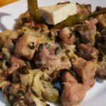 Бърза паста със спанак, месо и топено сирене