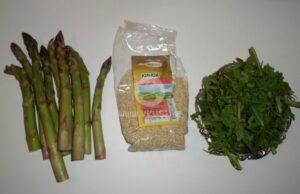 salata s kinoa i asperzhi_2