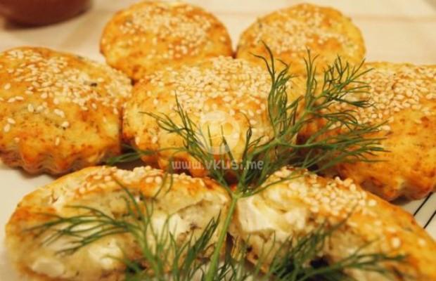 Солени мъфини със сирене, маслини и копър