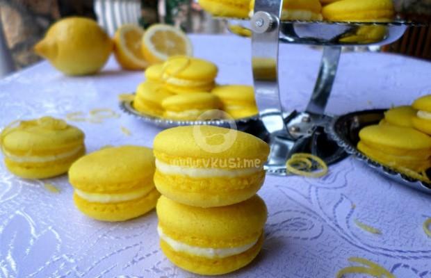 Френски макарони с лимонов крем
