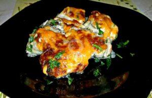 Пилешки пържоли с феерия от сирена