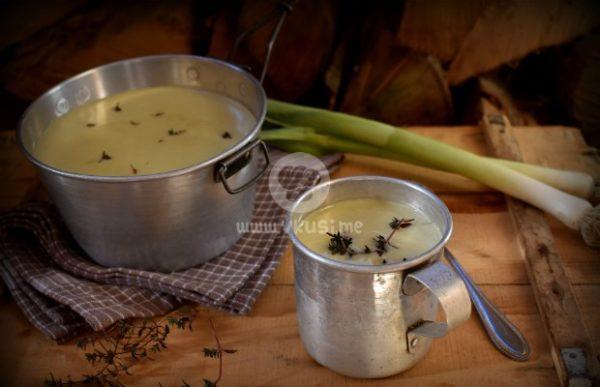 Крем супа от праз лук и картофи