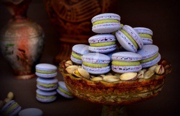 Френски макарони с шамфъстък и бял шоколад