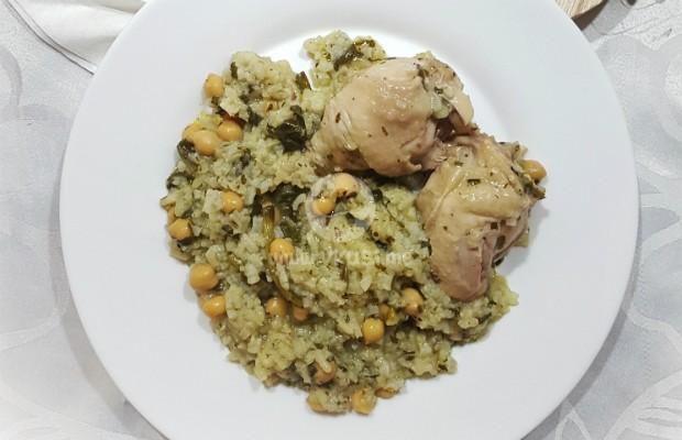 Пиле с нахут, спанак и ориз в мултикукър