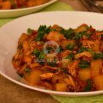 Пилешки късчета с картофи