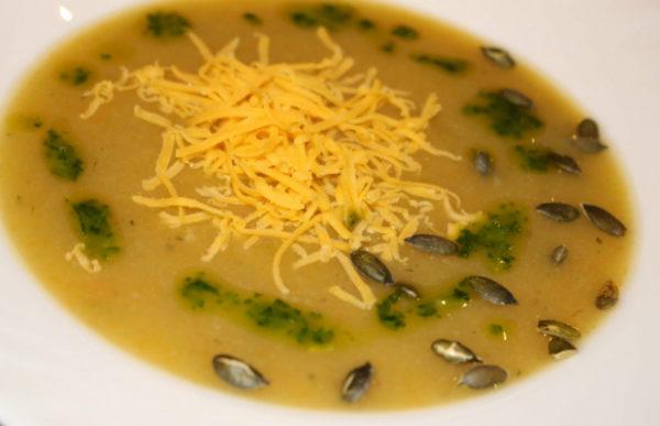 Зеленчукова супа с печени семки