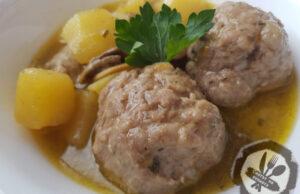 Гъбена яхния с картофи и кюфтета