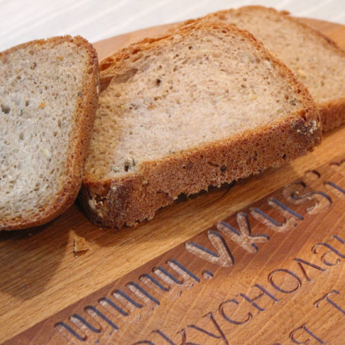 Хляб с лимец в хлебопекарна
