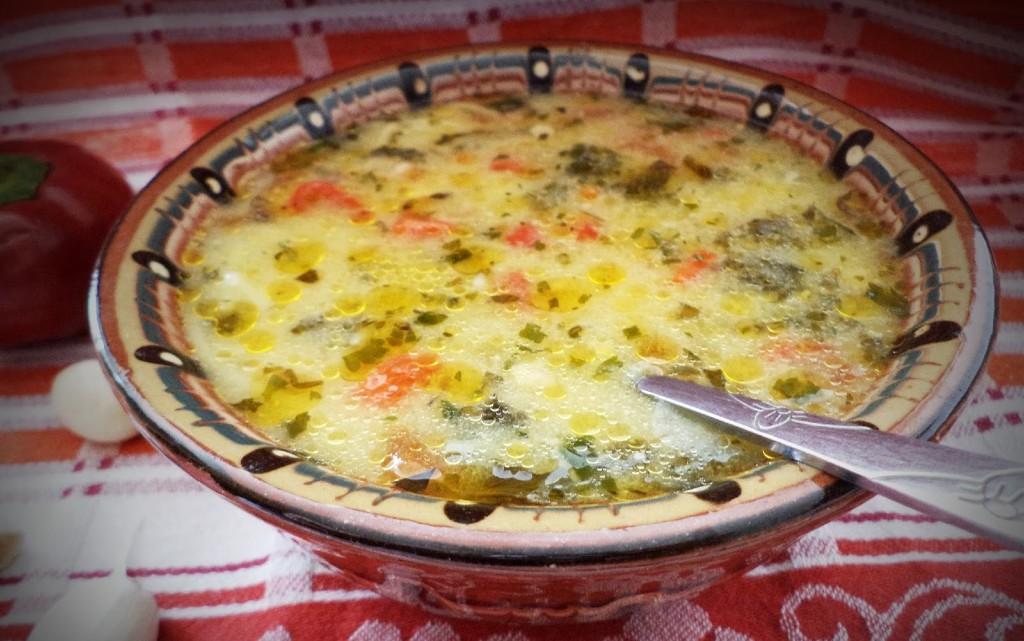 Супа от коприва и люти чушки