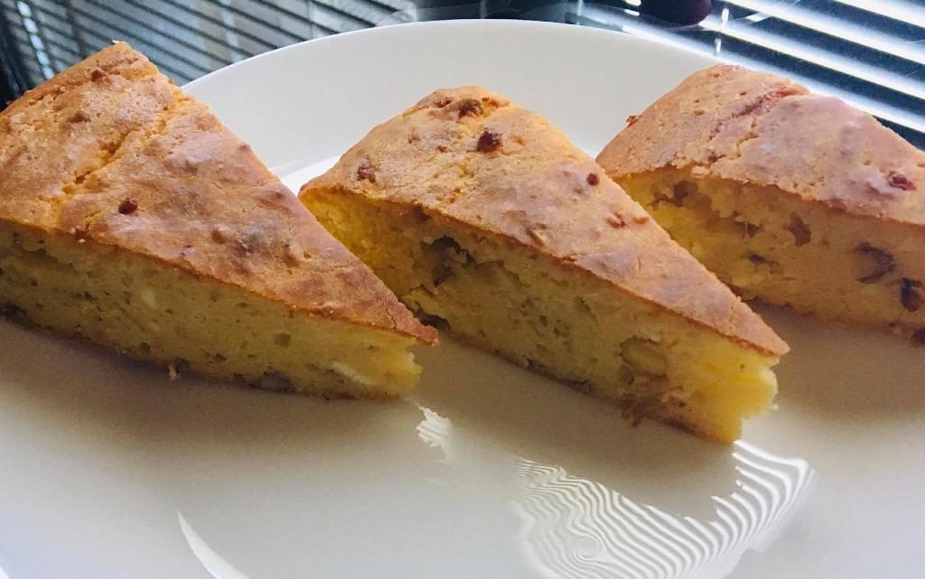 Солен кекс с бадеми