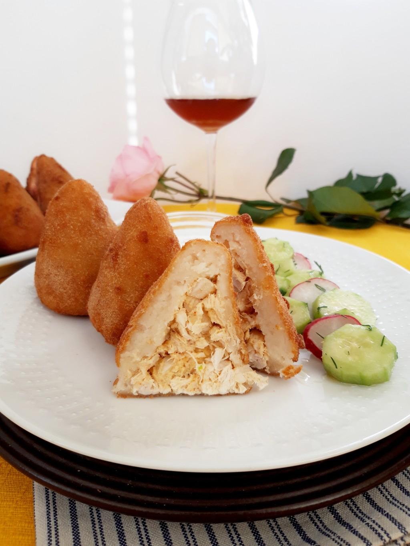 "Бразилски крокети с пилешко месо ""Кошиняс"""