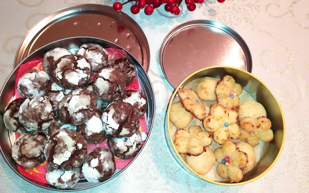 Брауни бисквитки и кокоски