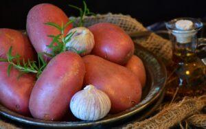 Защо червените картофи са полезни?
