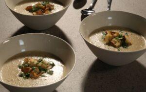 Лесна супа с кориандър