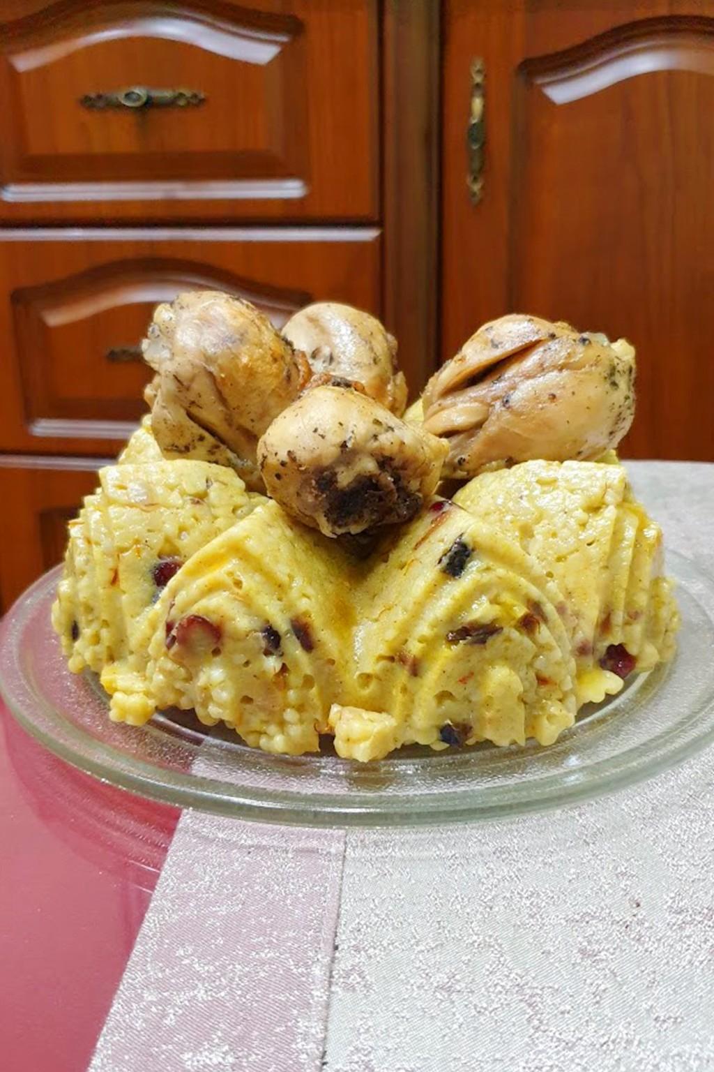 Пиле с кускус по марокански