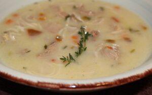 Пуешка супа