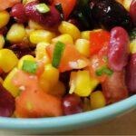 Есенно-зимна салата с червен боб